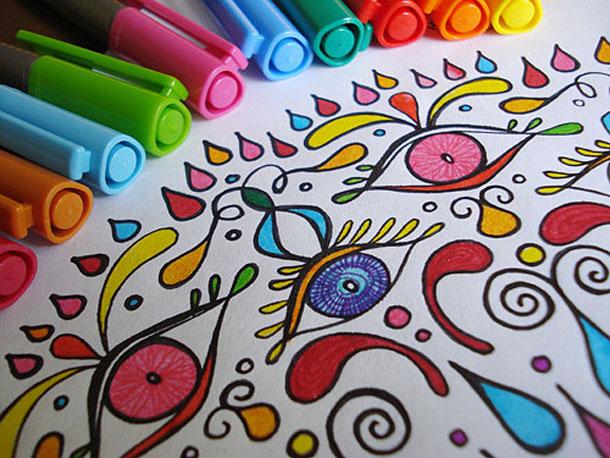Colorare stimola il nostro cervello: psicologia del colore