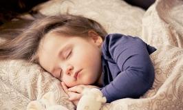 Come Dormire Meglio Bimba che dorme tranquilla