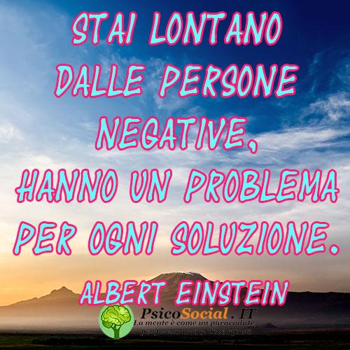 Frasi Stai Lontano dalle persone negative